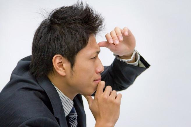 男性から視線を感じるとき『好意の確立は99%』は間違いなのか?