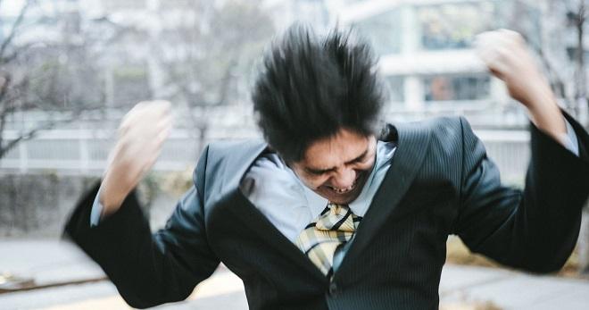 気分屋上司にふりまわされる!体を壊す前にとるべき行動3選